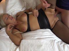 Blondiene Wird Im Hotel Vom Gast Anal Gefickt